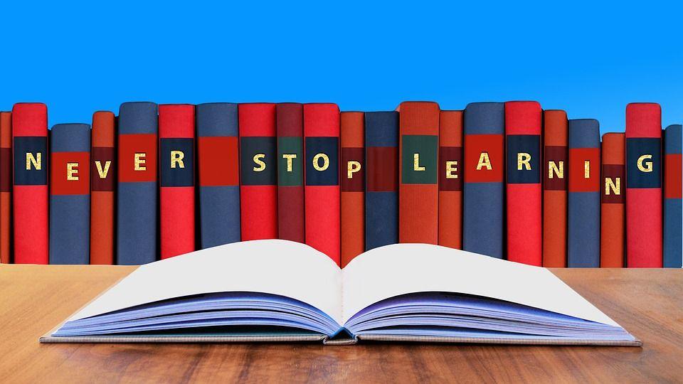 5 Objetivos de Lectura para Tener un Año Feliz