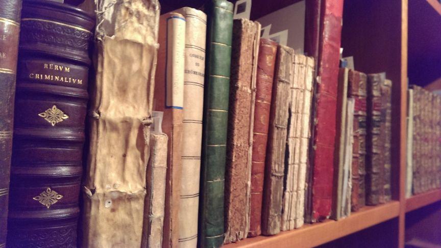 biblioteca-magia